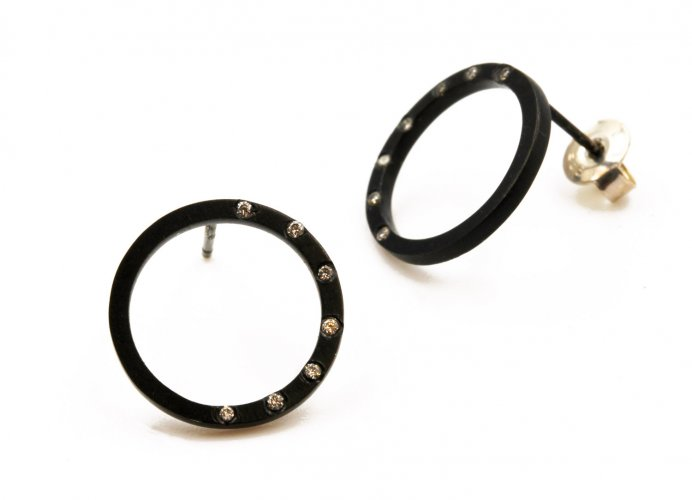 Earrings, Circle