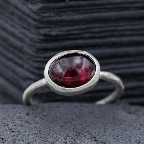 Garnet Carbouchon Ring