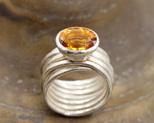 Ring, Thick Wire Spaghetti + Citrine